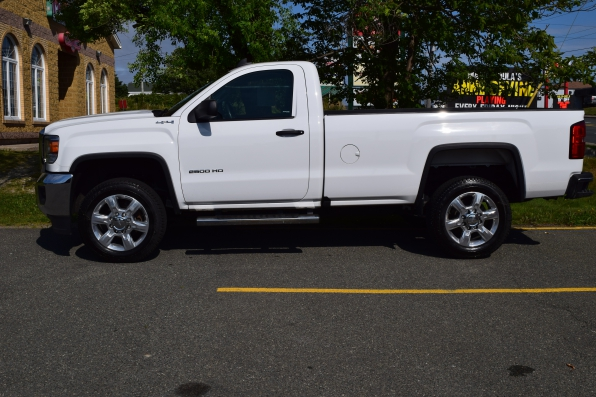 2016 GMC SIERRA REGULAR CAB 2500 4WD HEAVY DUTY