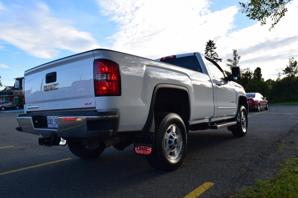 2018 GMC SIERRA REG CAB 4WD SLE Z71 Photo 5