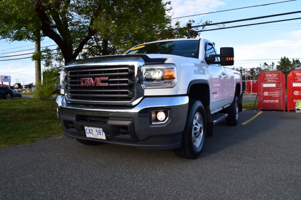 2018 GMC SIERRA REG CAB 4WD SLE Z71 Photo 7