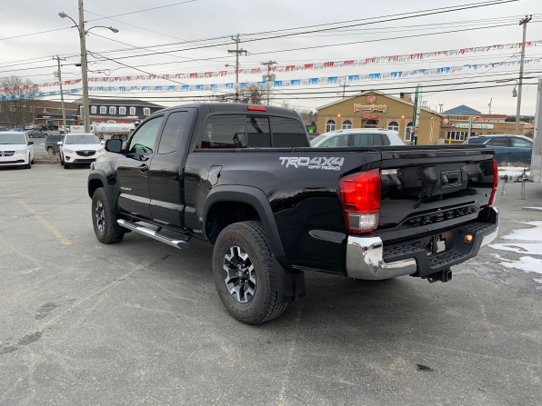 2016 TOYOTA  TACOMA ACCESS CAB TRD OFF RD ONLY 16000 K Photo 11