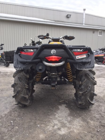 2011 CAN AM OUTLANDER XMR Photo 3