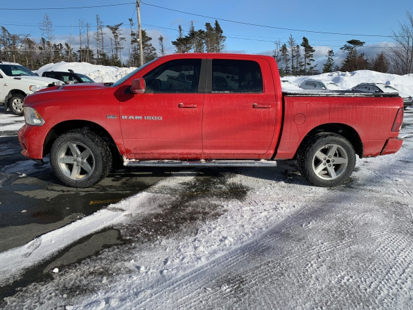 2012 RAM 1500 CREW CAB SPORT 4WD LOW K LOADED
