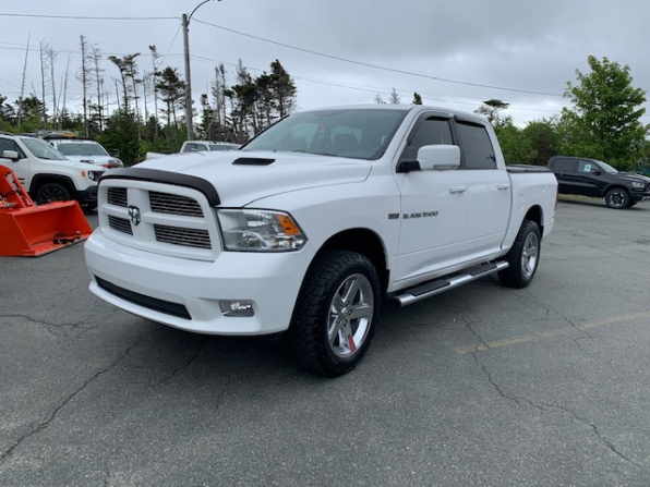 2012 RAM 1500 CREW CAB SPORT LOADED