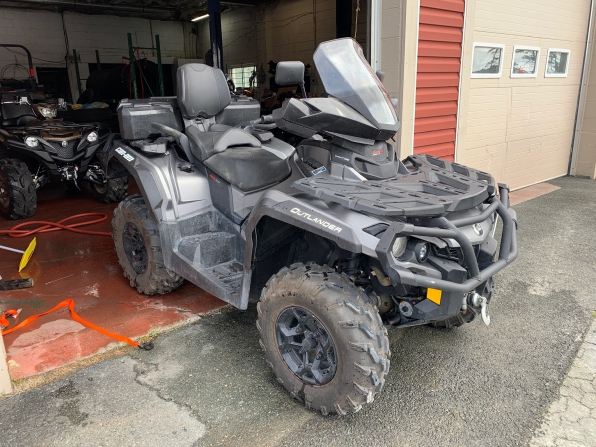 2015 CAN AM OUTLANDER MAX XT 1000 BRUSHED ALUMINUM  Photo 1