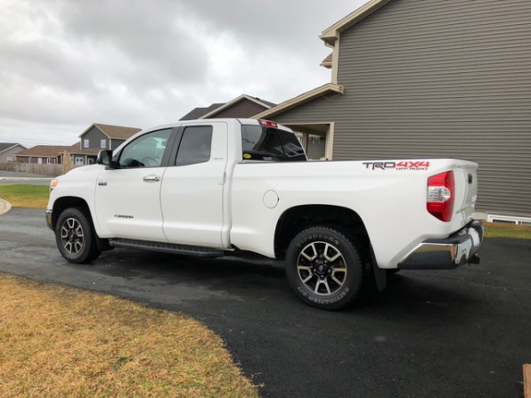 2015 Toyota Tundra Photo 3