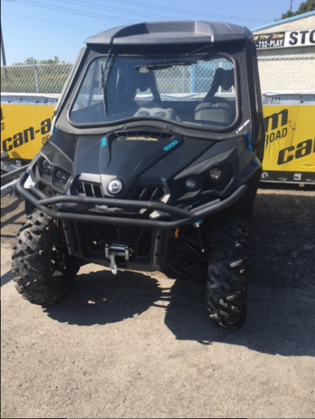 2016 CAN AM COMMANDER 1000 XT WITH FULL HEATED CAB  Photo 1