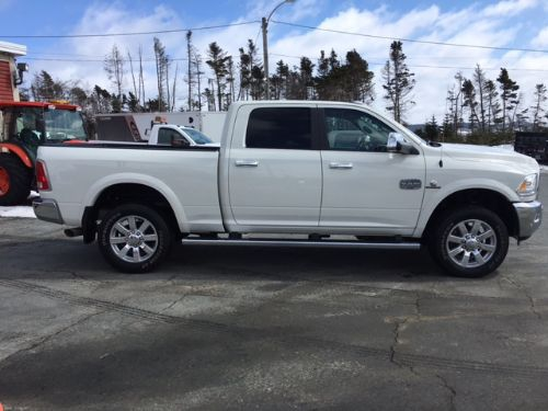 2016 Dodge Ram 2500  Photo 2