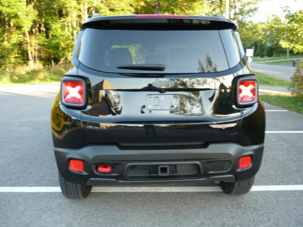2016 JEEP RENEGADE ALL WHEEL DRIVE TRAIL HAWK ONLY 54K Photo 2
