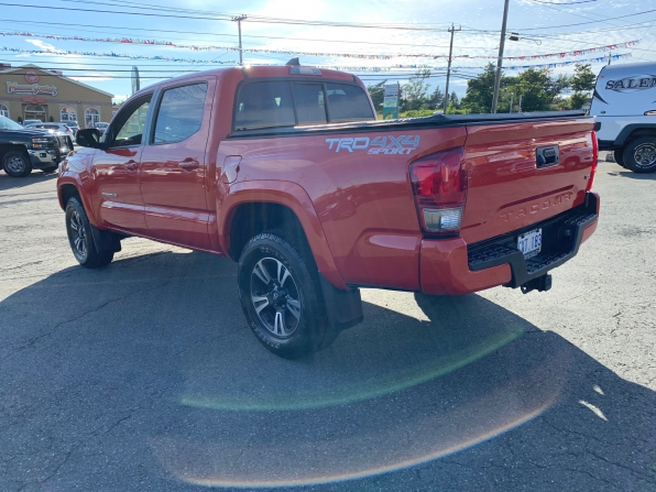 2016 TOYOTA TACOMA DOUBLE CAB TRD SPORT 4WD