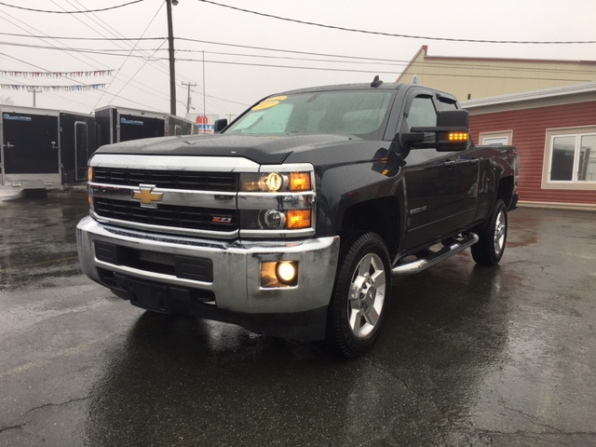 2017 CHEVROLET SILVERADO 2500 HD LT Z71 Photo 9
