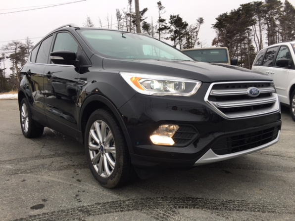 2017 FORD ESCAPE TITANIUM  Photo 3