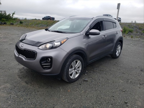 2017 KIA SPORTAGE LX UTILTY FOUR WHEEL DRIVE