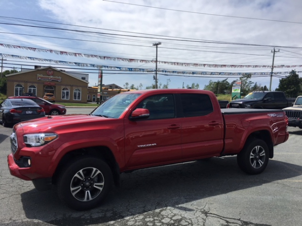 2017 TOYOTA TACOMA TRD SPORT DOUBLE CAB 4WD Photo 4