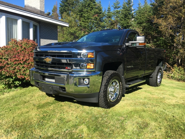 2018 CHEVROLET SILVERADO 2500 REGULAR CAB LT Z71 DURAMAX DIESEL  Photo 2