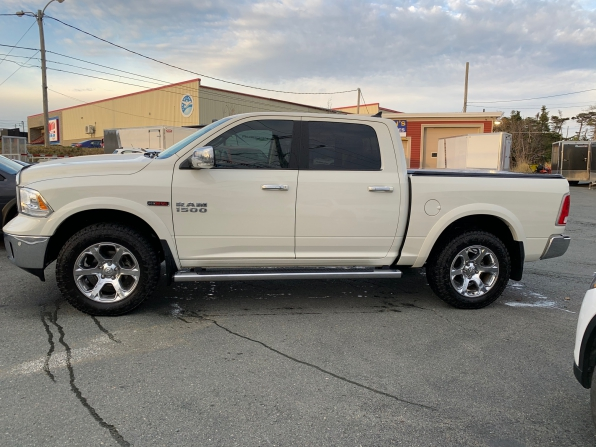 2018 DODGE RAM 1500 LARAMIE ECO DIESEL Photo 3