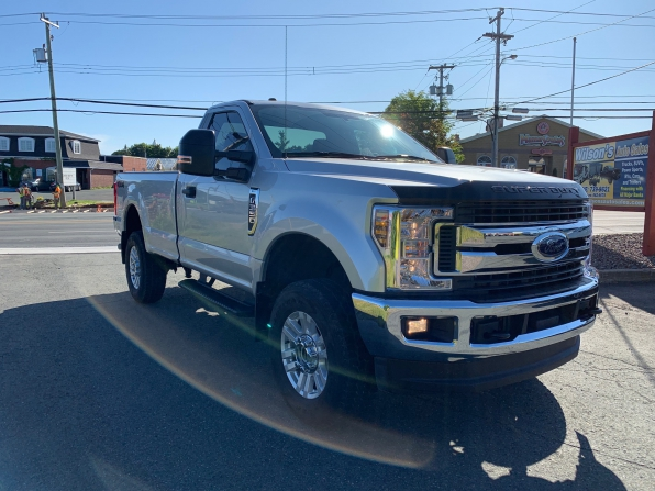 2018 FORD F-350 SUPER DUTY REGULAR CAB 4WD XLT PREMIUM  Photo 5