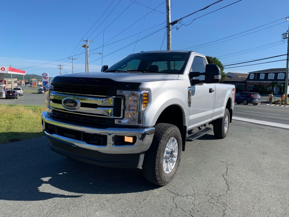 2018 FORD F-350 SUPER DUTY REGULAR CAB 4WD XLT PREMIUM