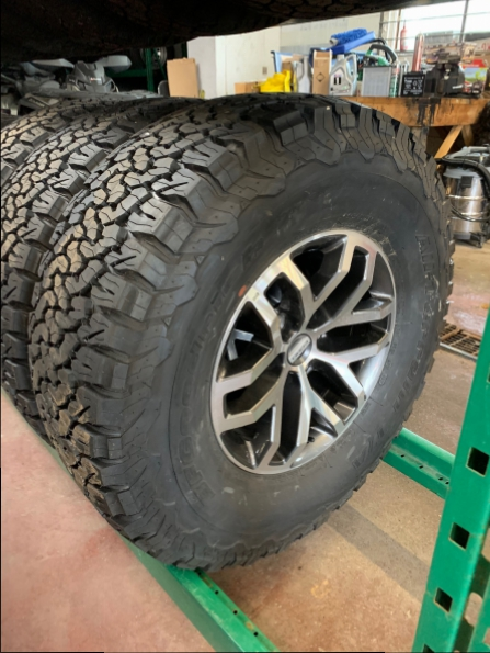 2018 FORD SVT RAPTOR WHEELS TIRES Photo 1