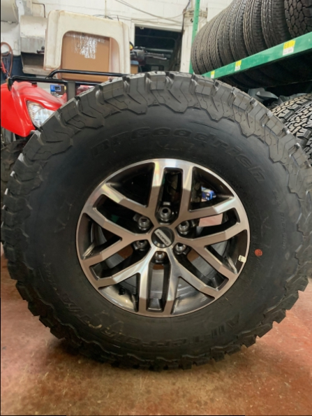 2018 FORD SVT RAPTOR WHEELS TIRES