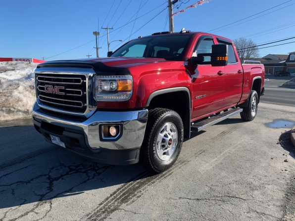 2018 GMC SIERRA 2500 HEAVY DUTY CREW CAB SLE FOUR WHEEL DRIVE