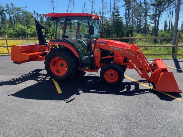 2018 KUBOTA GRAND L 3560 W/LOADED/BLOWER/BUCKET/SNOW PUSHER