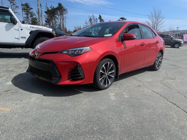 2018 TOYOTA COROLLA SE SUNROOF ALLOYS