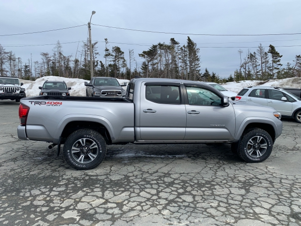 2018 TOYOTA TACOMA TRD UPGRADE PCG SPORT DOUBLE CAB 4WD  Photo 4