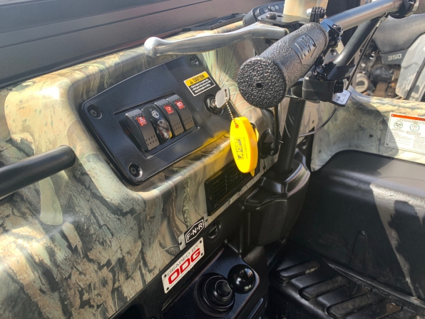 2019 ARGO HUNTMASTER W/TRACKS/ROPS/HEATED/ WS/CANOPY/WINCH WIPER  Photo 7