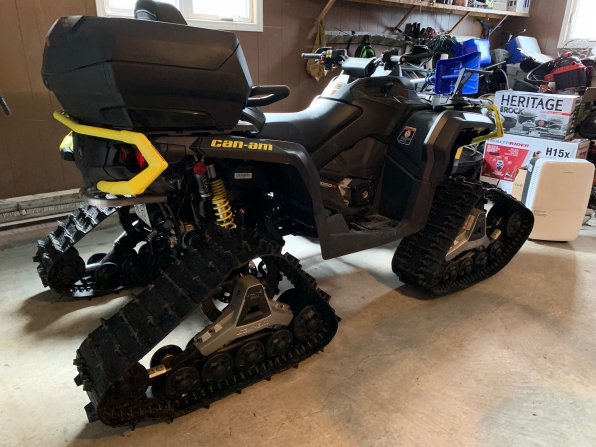 2019 CAN AM OUTLANDER MAX XTP 1000 W/ TRACKS  MSRP $29000 Photo 1