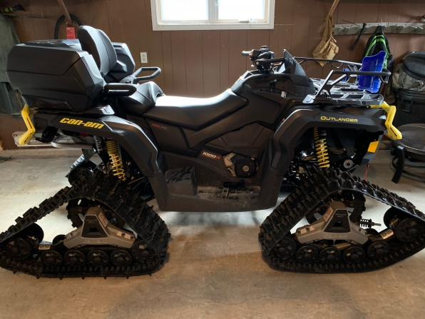 2019 CAN AM OUTLANDER MAX XTP 1000 W/ TRACKS  MSRP $29000