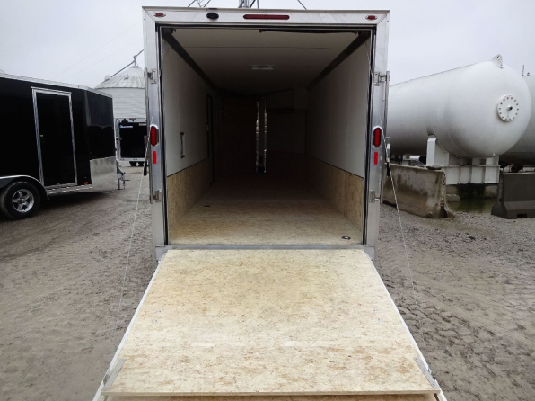 2019 LEGEND TRAILMASTER 7 X 23 ENCLOSED SLED TRAILER  Photo 9