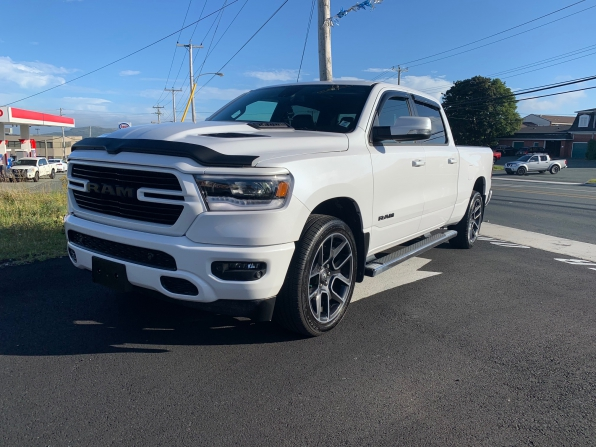 2019 RAM 1500 CREW CAB SPORT CREW PANO ROOF HEATED LEATHER 7K